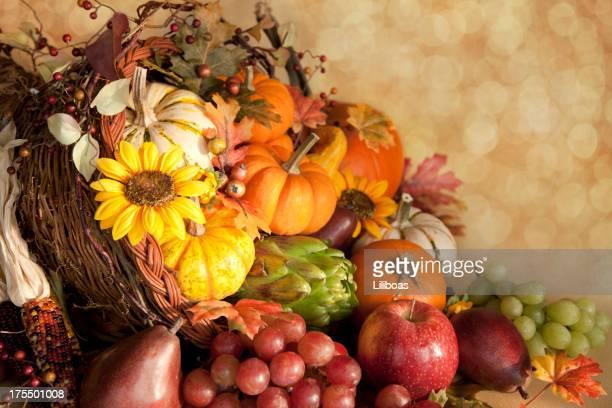 感謝祭コルヌコピア - 豊穣の角 ストックフォトと画像