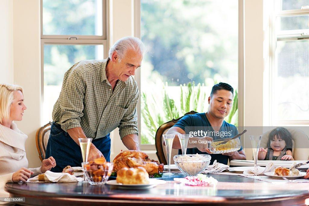 Thanksgiving Family Dinner : Foto de stock