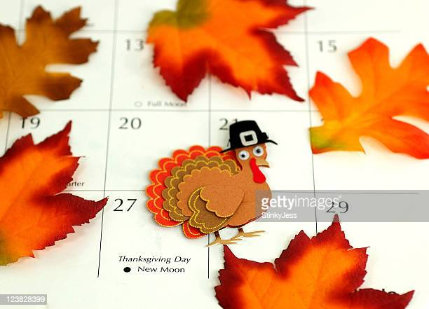 thanksgiving - happy thanksgiving text stock pictures, royalty-free photos & images