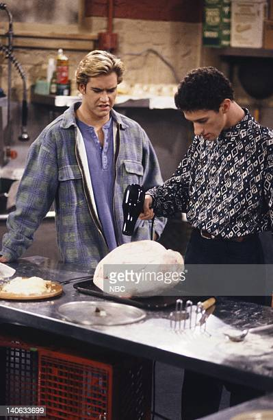 YEARS 'A Thanksgiving Story' Episode 11 Air Date Pictured MarkPaul Gosselaar as Zack Morris Dustin Diamond as Screech Powers Photo by Chris...