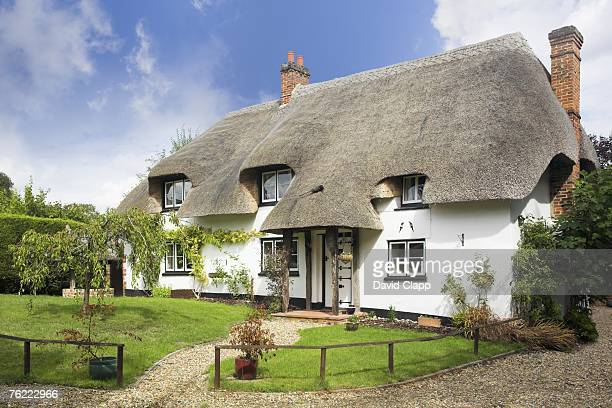 Thatched cottage with gravel drive, Amport, Hampshire, England