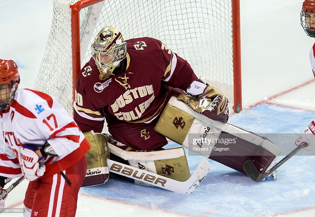 Thatcher Demko #30 of the Boston College Eagles tends goal against the Boston University Terriers during NCAA hockey at Agganis Arena on January 16, 2015 in Boston, Massachusetts. The Eagles won 4-2.
