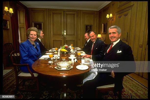 PM Thatcher her secy Powell breakfasting w Pres Bush NSC Adviser Scowcroft unident at 10 Downing St during NATO summit