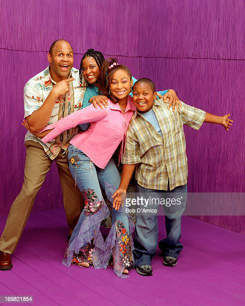 S SO RAVEN That's So Raven is a hit liveaction situation comedy starring Raven as Raven Baxter a winsome teen whose ability to glimpse flashes of the...