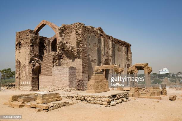 Thatta, Pakistan, 7 October 2018. A view of the remains of a mosque north of Malki's necropolis. Covering an area of 10 square kilometers, the Makli...