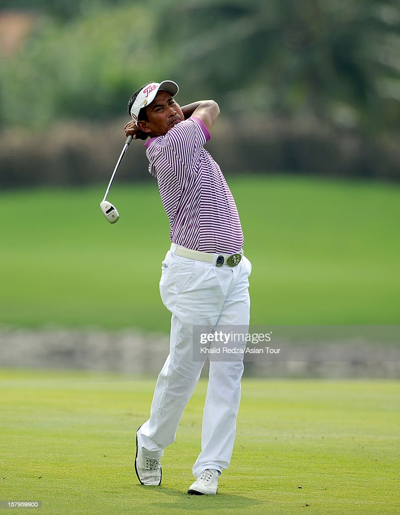 Thaworn Wiratchant of Thailand plays a shot during round three of the Thailand Golf Championship at Amata Spring Country Club on December 8, 2012 in Bangkok, Thailand.