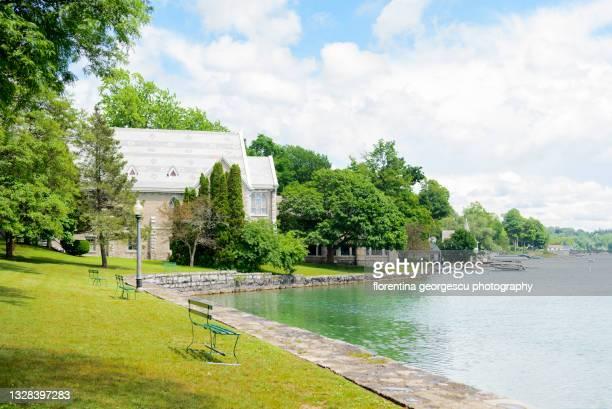 thayer park hugs the skaneateles lake, new york, usa - スカネアトレス湖 ストックフォトと画像