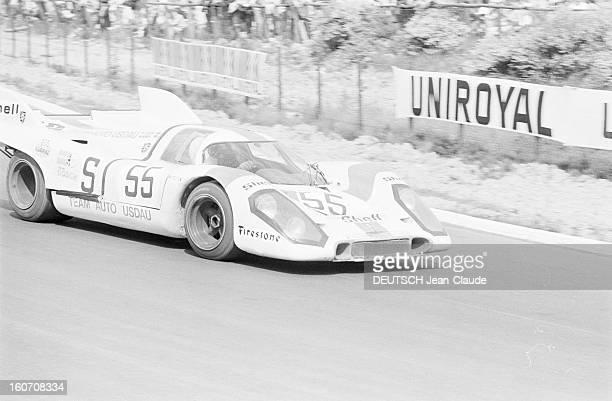 The 1000 Kms Of Nurburgring 1971 En Allemagne sur le circuit du Nürburgring les participants à la course automobile des 1000 Kilomètres pour le...