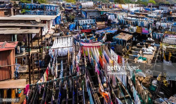 the 1,000-person laundry in mumbai - mumbai stock-fotos und bilder