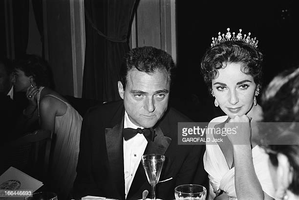 Elizabeth Taylor And Mike Todd Le film 'Le tour du monde en 80 jours' de Michael ANDERSON fait l'ouverture horscompétition du 10ème Festival de...