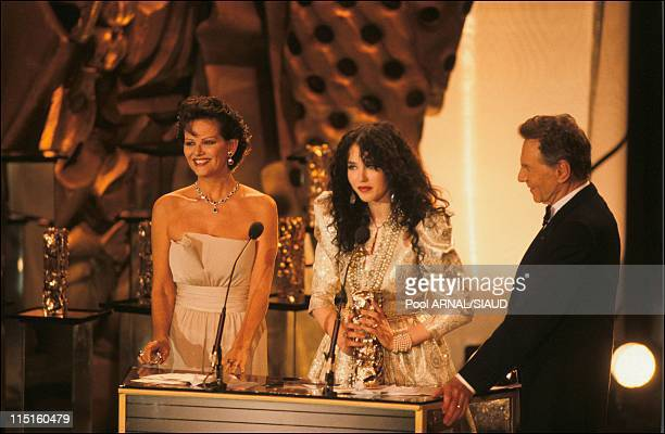 The 14th evening of the Cesars in Paris France in February 1989 Claudia Cardinale Isabelle Adjani Cesar for the best actress with Camille Claudelby...
