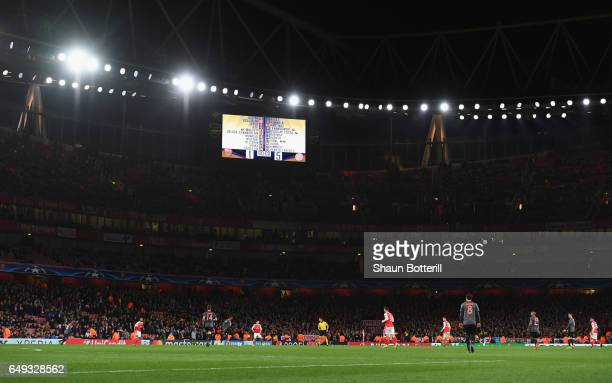 The 15 scoreline is seen on the scoreboard during the UEFA Champions League Round of 16 second leg match between Arsenal FC and FC Bayern Muenchen at...