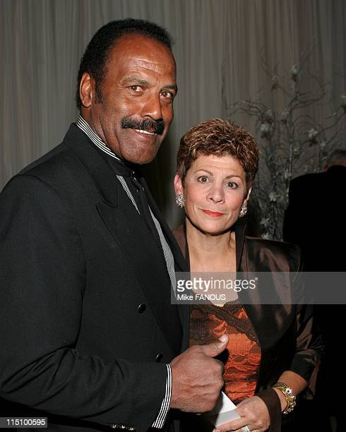 The 15th Annual Associates for Breast Prostate Cancer Studies Gala in Beverly Hills United States on November 20 2004 Fred Williamson and wife Linda...