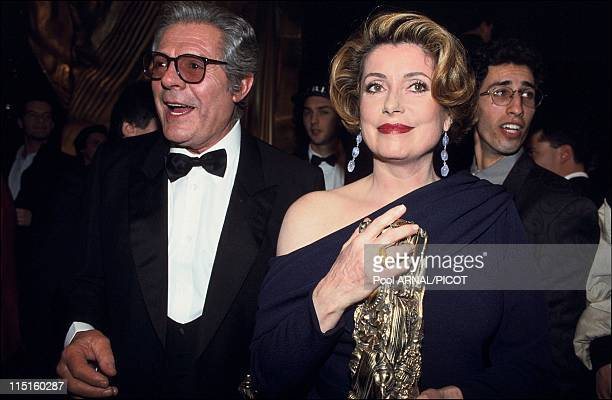 The 18 st Cesar awards Embargo Parillaud in Paris France in February 1993 Catherine Deneuve Cesar for the Best Actress with Indochine Regis Wargnier...