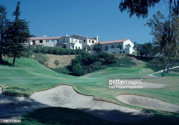 The 18th hole and Club House of the Riviera Country Club in Pacific Palisades California circa October 1981 Photo by Brian Morgan/Popperfoto/Getty...