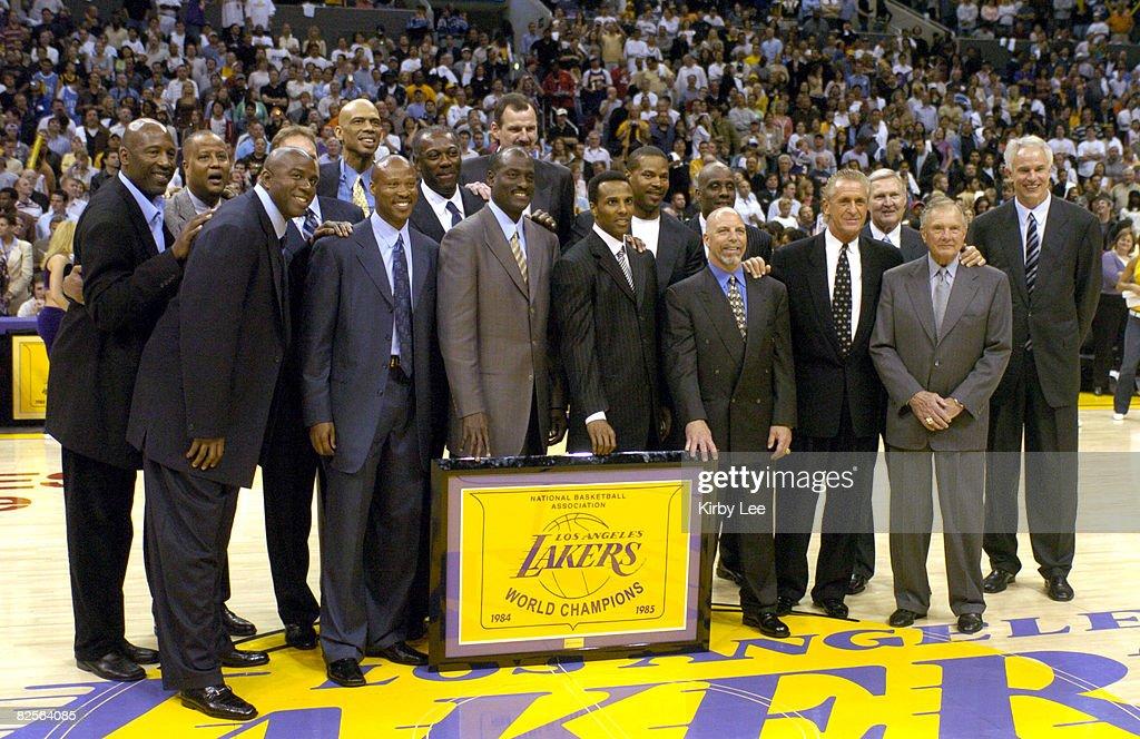 The Los Angeles Lakers Honor 1985 NBA Championship Team - April 11, 2005 : News Photo