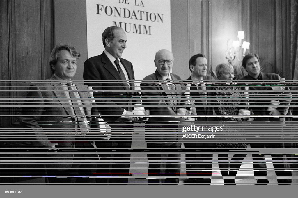The 1994 Ceremony Of The Mumm Foundation Rewarding Journalists From The Written Press : News Photo