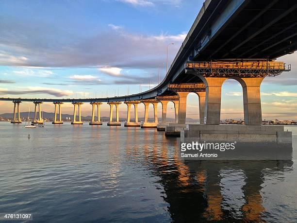The 2 3/10-mile-long Coronado Bay Bridge connects the peninsula of Coronado with downtown San Diego. Copy Space, Architecture, Bridge, California,...