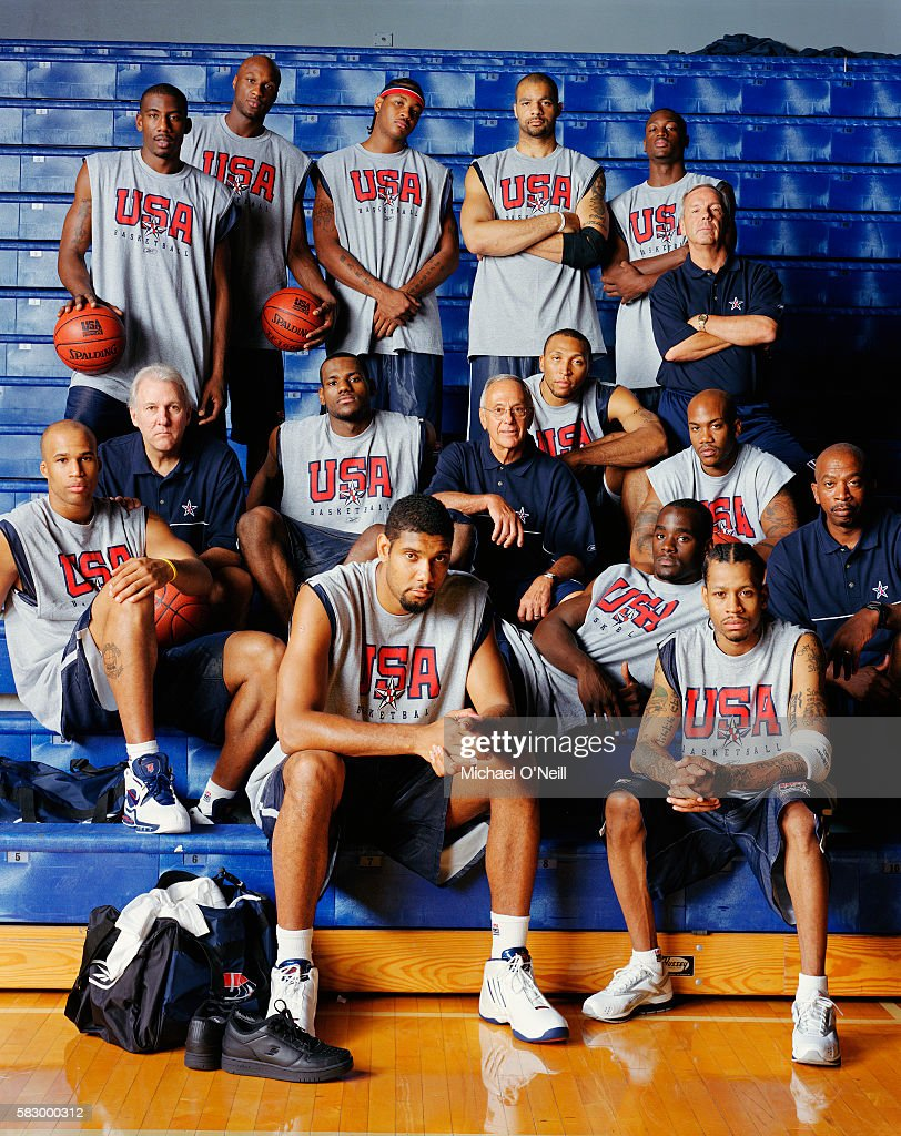 2004 US Olympic Men's Basketball Team : News Photo