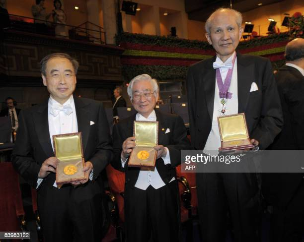 The 2008 Nobel Prize winners in physics and chemistry Japan's Makoto Kobayashi Toshihide Maskawa and Osamu Shimomura pose after receiving their...