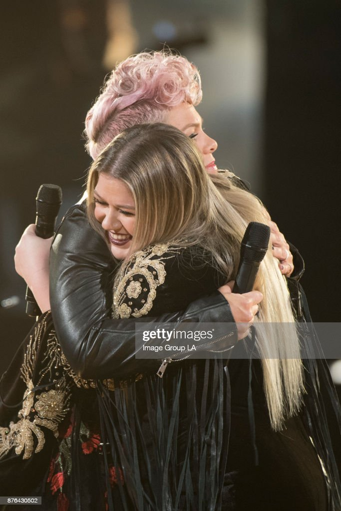 AWARDS(r) - The 2017 American Music Awards, the worlds biggest fan-voted award show, broadcasts live from the Microsoft Theater in Los Angeles on SUNDAY, NOVEMBER 19 (8:0011:00 p.m. EST), on ABC. Pink, KELLY