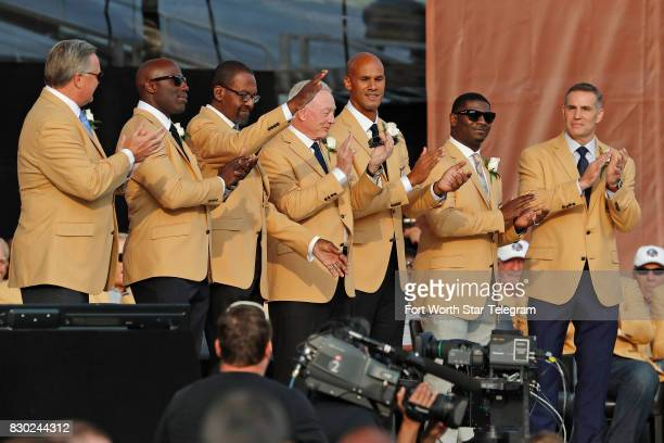The 2017 class with Jerry Jones and LaDanian Tomlinson during introductions The 2017 NFL Hall of Fame class including Dallas Cowboys owner Jerry...