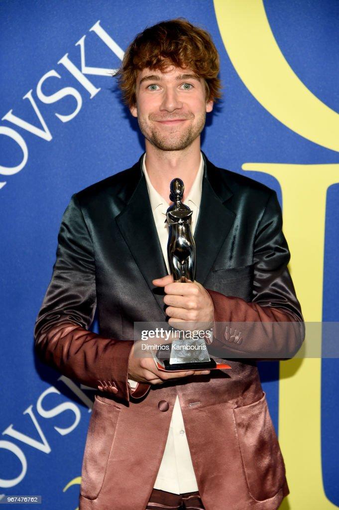 2018 CFDA Fashion Awards - Winner's Walk : News Photo
