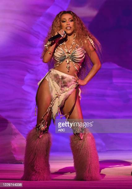 """The 2020 American Music Awards"""", hosted by Taraji P. Henson aired from the Microsoft Theater in Los Angeles, SUNDAY, NOV. 22 , on ABC. DOJA CAT"""