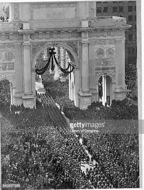 The 27th Division of the US Army celebrates victory in World War I with a homecoming parade through the Arch of Triumph in Madison Square New York...