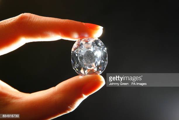 photo christie carat s wittelsbach stock diamond image at goes christies sale on photos the