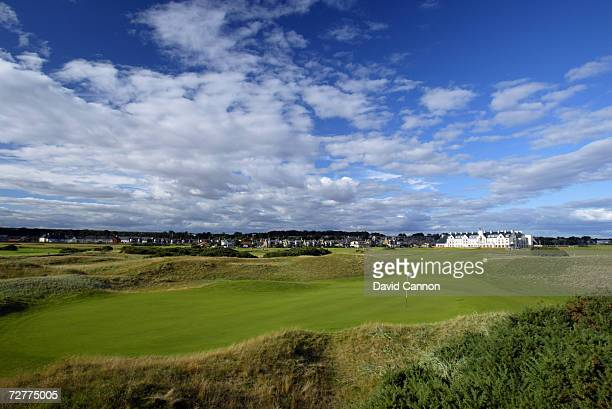 The 401 yds, par 4, 1st hole 'Cup' on the Carnoustie Championship Course, venue for the 2007 Open Championship on September 4th in Carnoustie,...