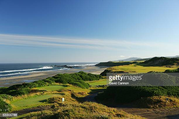 The 444 yard par 4 13th hole on the Pacific Dunes Course designed by Tom Doak at the Bandon Dunes Golf Resort on June 16 2005 in Bandon Oregon United...