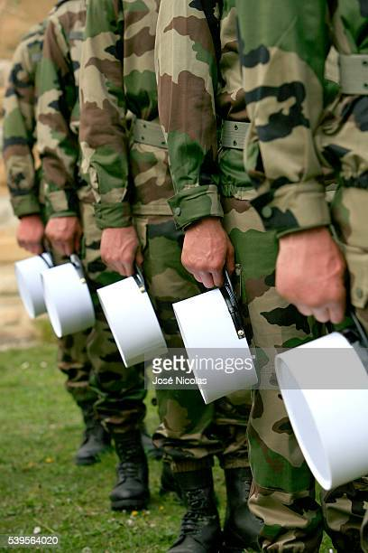 The 4th Foreign Regiment is the unit responsible for training the French Foreign Legion in Castelnaudary with a duration of 15 weeks