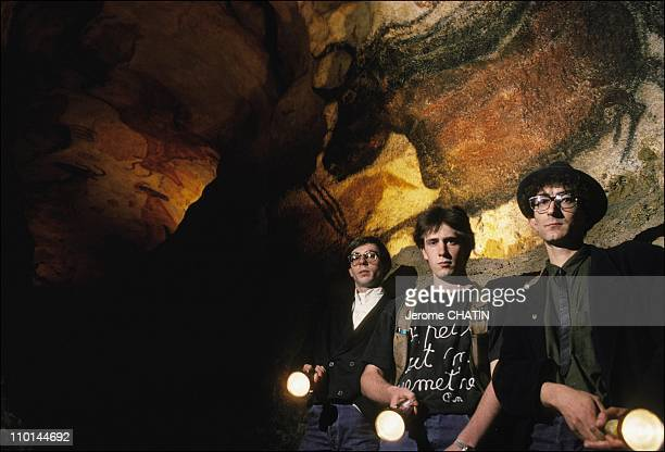 The 50 years of the cave Lascaux in Montignac France in June 1990 The team of Lascaux II Lascaux II was inaugurated in late 1982 An exact replica...