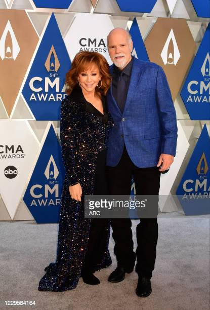 The 54th Annual CMA Awards, hosted by Reba McEntire and Darius Rucker aired from Nashvilles Music City Center, WEDNESDAY, NOV. 11 , on ABC. REBA...