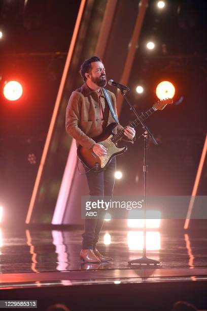The 54th Annual CMA Awards, hosted by Reba McEntire and Darius Rucker aired from Nashvilles Music City Center, WEDNESDAY, NOV. 11 , on ABC. OLD...