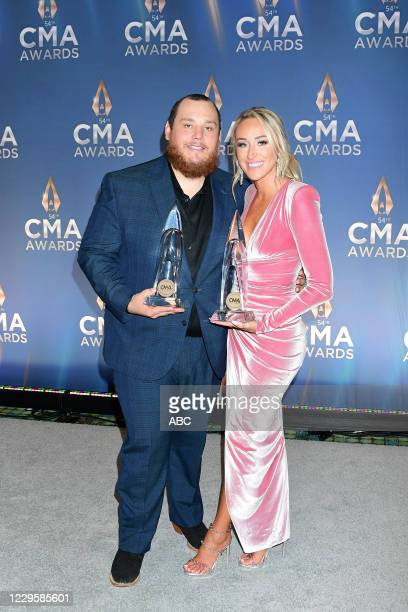 The 54th Annual CMA Awards, hosted by Reba McEntire and Darius Rucker aired from Nashvilles Music City Center, WEDNESDAY, NOV. 11 , on ABC. LUKE...