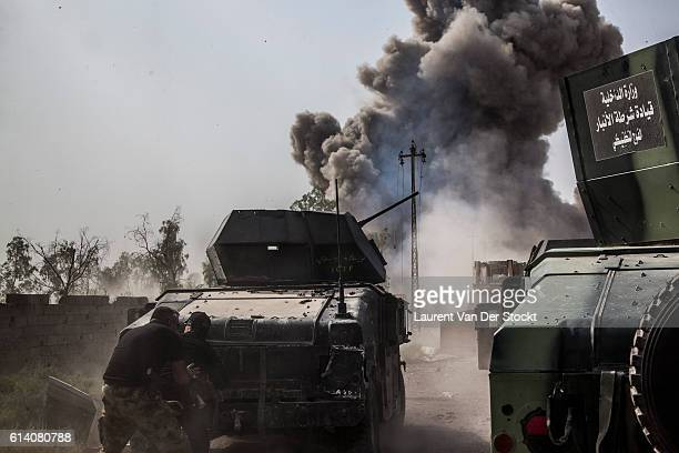 FALLUJAH IRAQ The 5th of JUNE 2016'nFor the second time of the day a car bomb is carried out against the head of the convoy The Abrams tank shot it...