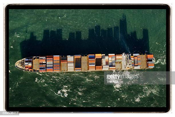 The 60000 tonne Japanese cellular container ship Kamakura which measures 290 metres in length one of the largest vessels to enter the docks in...