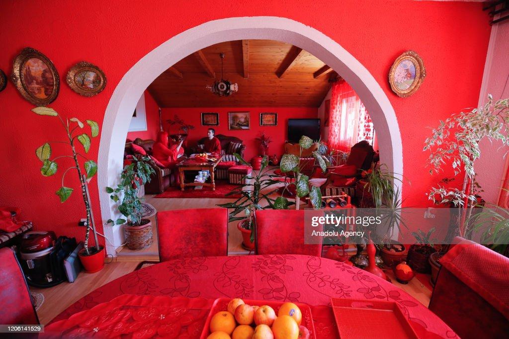 The Bosnian Lady in Red 'Zorica Rebernik' : News Photo