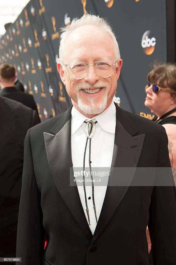 EMMY(r) AWARDS - The 68th Emmy Awards broadcasts live from The Microsoft Theater in Los Angeles, Sunday, September 18 (7:00-11:00 p.m. EDT/4:00-8:00 p.m. PDT), on ABC and is hosted by Jimmy Kimmel. ROBERT