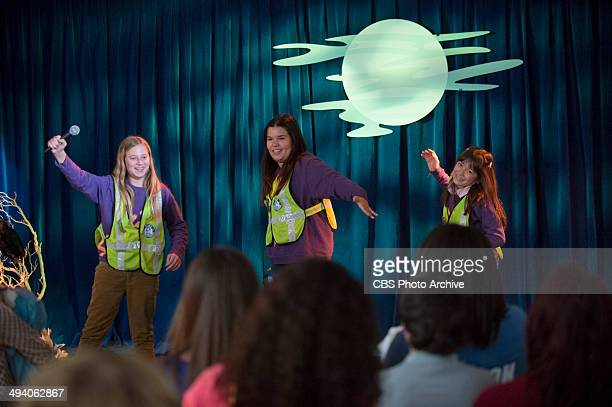 'The 6th Grade LockIn' Meredith gets jealous during the annual 6th grade student sleepover when she sees Joel flirts with another teacher on BAD...