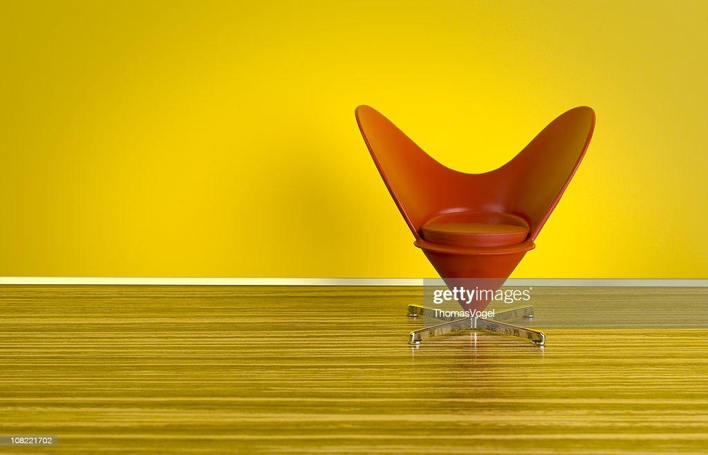 Os anos 70. Coração em forma de Cone cadeira : Foto de stock