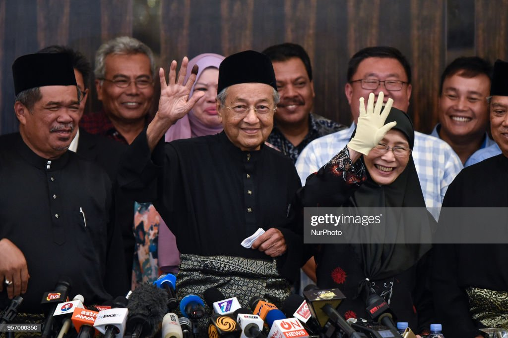 Malaysia's Opposition Leader Mahathir Mohamad Holds Press Conference Following the 14th General Election