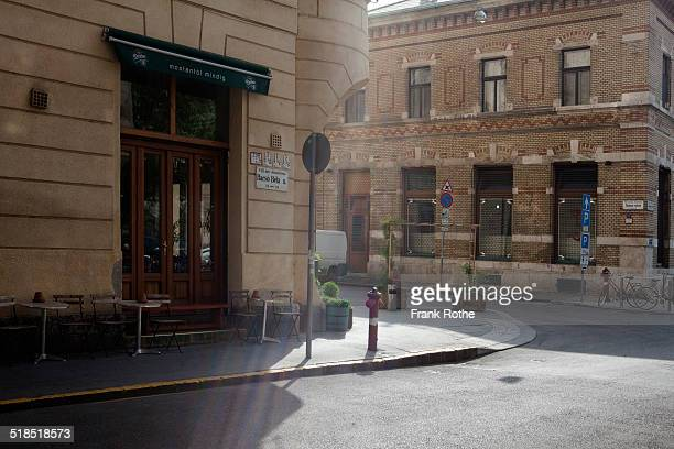 the 8th district in budapest has its charme - budapest stock pictures, royalty-free photos & images