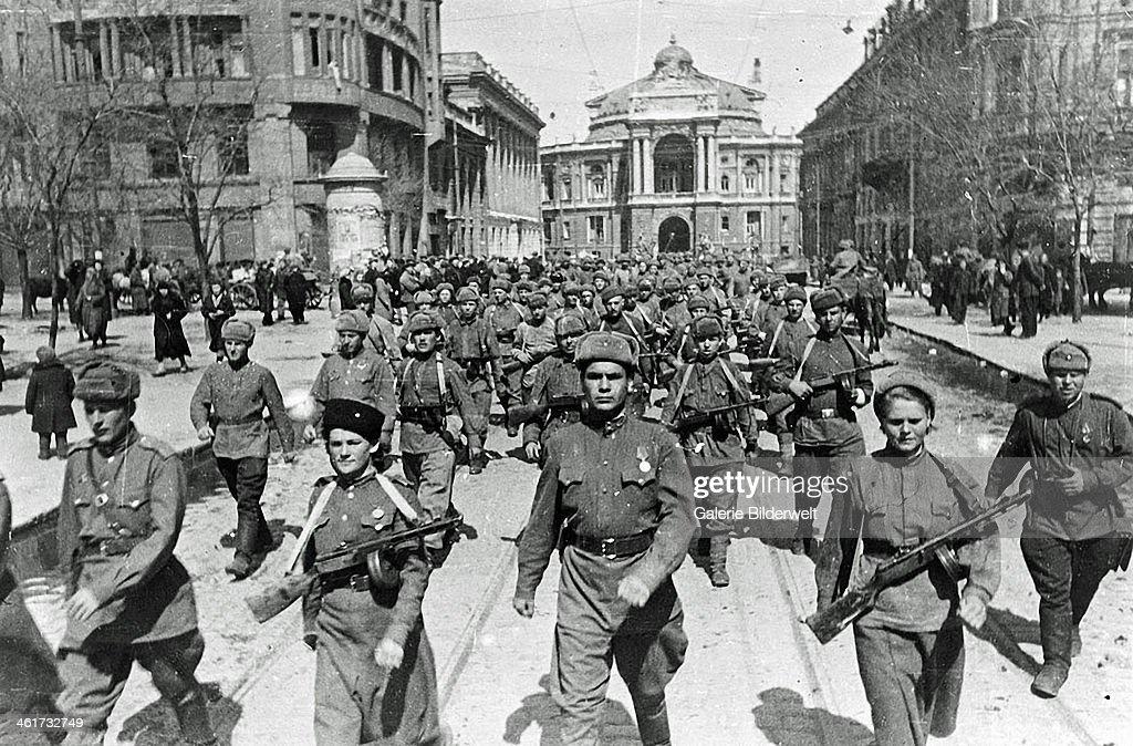 WW II USSR : News Photo