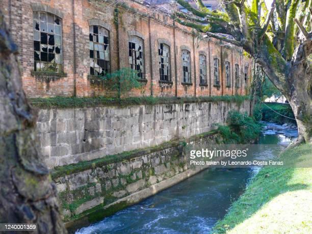 the abandoned factory - leonardo costa farias - fotografias e filmes do acervo