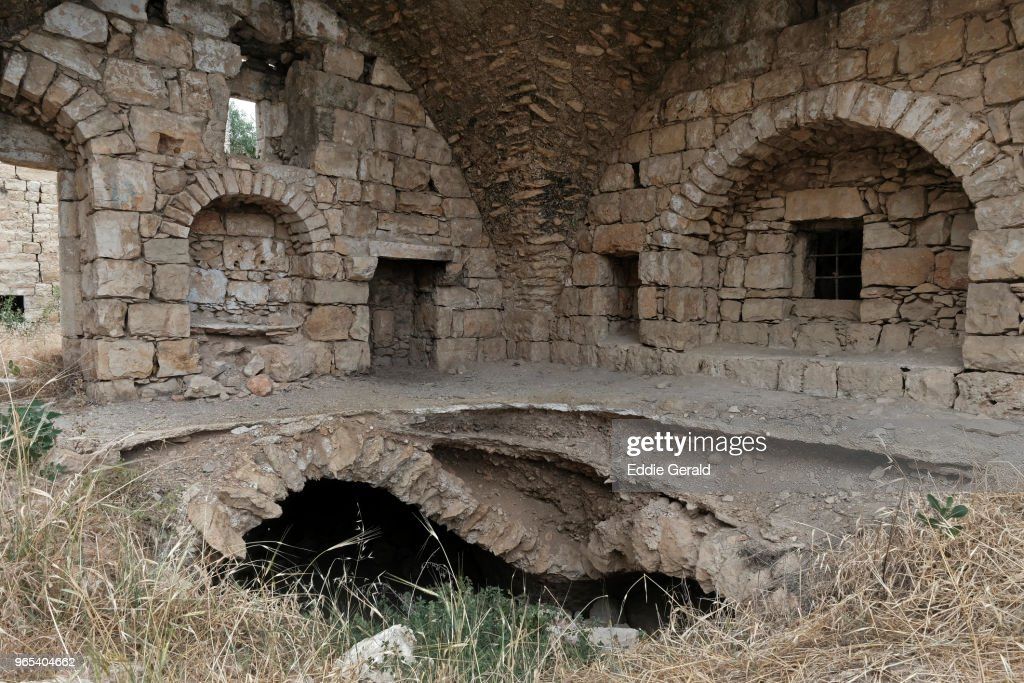 The abandoned Palestinian village of Lifta on the outskirts of Jerusalem : Bildbanksbilder