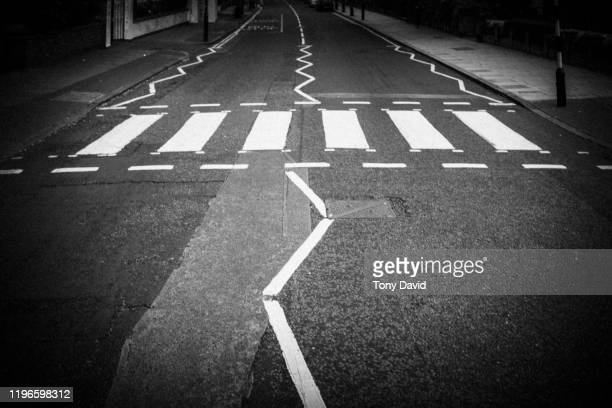 the abbey road zebra crossing - abbey road stock pictures, royalty-free photos & images