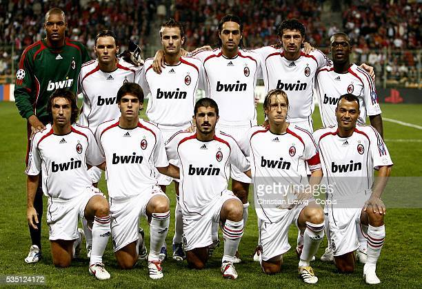 The AC Milan team before the 20062007 UEFA Champions League group phase match between LOSC and AC Milan in Lens